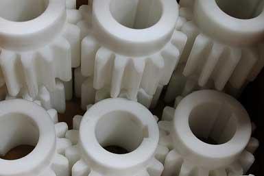 Plastic_Gears_Cutting