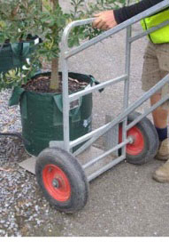 Hand-Trolley-For-Moving-Large-Pots