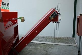 Soil_Mixer_elevator_conveyor.jpg