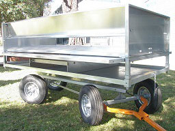 deluxe-trailer-potting-station-1.jpg